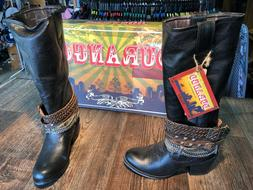 Women's Durango fashion boot.  Philly. Black with accessorie
